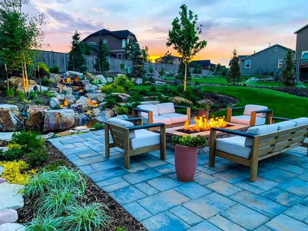Outdoor living rooms are a great outdoor living space idea